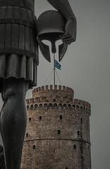 The white tower (Vagelis Pikoulas) Tags: thessaloniki salonica macedonia greece north february winter 2018 tokina 2470mm canon 6d view flag greek architecture ancient statue