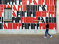 P3440795 urban  vision (gpaolini50) Tags: emotive esplora explore explored emozioni explora city cityscape photoaday photography photographis photographic photo phothograpia pretesti photoday