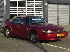 """2004 Ford Mustang """"40th Anniversary"""" (harry_nl) Tags: netherlands nederland 2017 eindhoven ford mustang 40thanniversary convertible 72tgln sidecode6"""