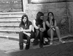 To think to rest to drink (Armando Moreschi) Tags: think rest drink roma rome younggirl younggirls bn bw