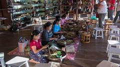Birmanie - Myanmar (Jacques_VDS) Tags: inle myanmar cheroot tabac métierartisanat nampan shan myanmarbirmanie mm