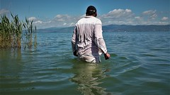 Trasimeno (marcostetter) Tags: travel wetlook hairy swimming water lake landscape nature barefoot fashion