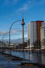 après la pluie, le soleil (Edwige7833) Tags: berlin pluie tour télévision est
