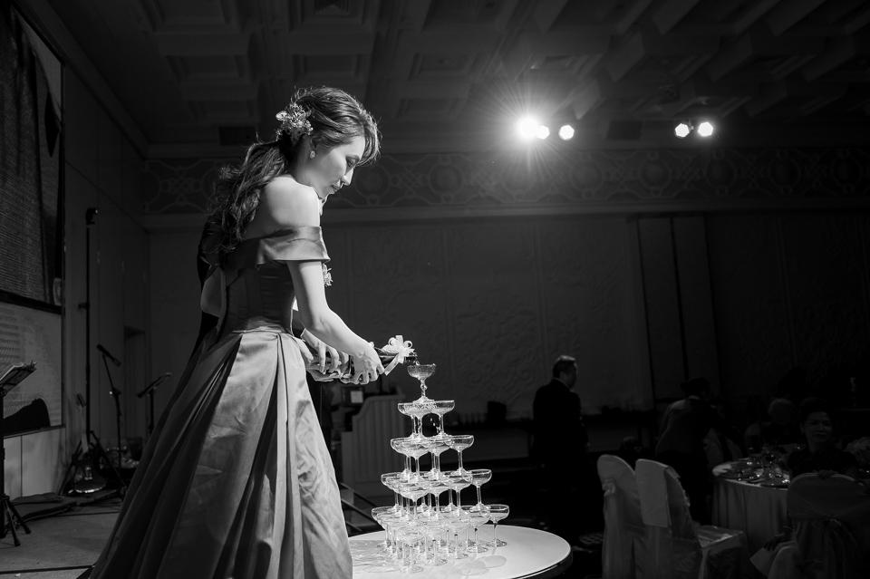 婚攝 高雄林皇宮 婚宴 時尚氣質新娘現身 S & R 141