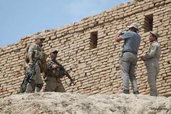 Nippur (13).JPG (tobeytravels) Tags: iraq nippur nibru sumeria sargon akkadian elamites kassite neoassyrian ahurbanipal seleucid ziggurat temple fortress sassanid parthian