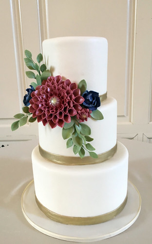 Dahlia Spray Gold Trim Wedding Cake