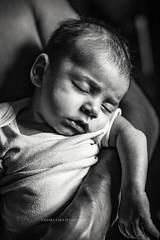 (Tamara Lara) Tags: baby babyphotography babyportraits bebe blackandwhite bw blackandwhitechildphotography