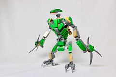 Bird Robot (LEGO Shusuke) Tags: robot computer creator life minifigures lego army future minifigure simple military custom moc ai technology armory ucs war green bird ifttt instagram minifig mech