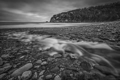 Desembocadura del Río Uncín(Concha de Artedo) (@pabloralonso) Tags: riouncin laconchadeartedo playa rio river beach asturias pentax longexposure landscape paisaje piedra stone pentaxk3ii