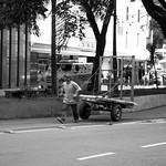 Andando por São Paulo thumbnail