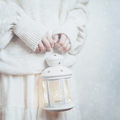 Blanco 4 (Teresa Risco) Tags: white winter snow lights lantern snowflakes selfportrait selfportraiture hands cold monochromatic sweater cozy