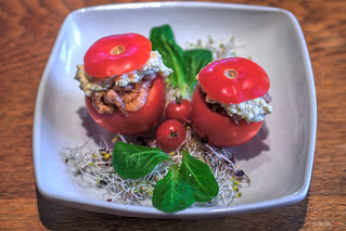 Stuffed Tomatoes with Shrimps