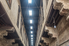 20180101 Cairo, Egypt 08909-574 (R H Kamen) Tags: cairo egypt egyptianculture middleeast northafrica alley architecture builtstructure ceiling coveredmarket lowangleview market rhkamen street