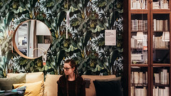 09.02.2018 (Fregoli Cotard) Tags: ikea ikeatrip ikeapolska 40365 40of365 urbanjungle wallpaper interiordesign selfportrait portraitmood sofa bookcase livingroom livinginikea shopping furniture formyhome roundmirror portraitsinikea ikeaselfie dailyjournal dailyphotography dailyproject dailyphoto dailyphotograph dailychallenge everyday everydayphoto everydayphotography everydayjournal aphotoeveryday 365everyday 365daily 365 365dailyproject 365dailyphoto 365dailyphotography 365project 365photoproject 365photography 365photos 365photochallenge 365challenge photodiary photojournal photographicaljournal visualjournal visualdiary