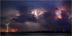 Darwin Harbour lightning (beninfreo) Tags: lightning darwin darwinharbour storm thunder sunset colour contrast cloud cloudtoground cloudtogroundimages cg canon canon5d canon5dmarkiii 2018 wetseason topend northernterritory nt eastarm