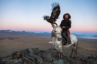 Betim, Eagle Hunter, Western Mongolia. (C) Joel Santos - www.jolesantos.net #canon #canonpt #canoneurope #canonambassador #canoneos5dsr #canon2470 #mongolia #eaglehunter