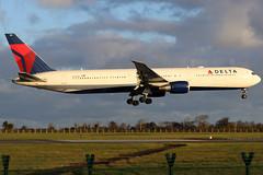 N826MH_02 (GH@BHD) Tags: n826mh boeing 767 767400 764 b764 b767 dl dal deltaairlines dub eidw dublin dublinairport dublininternationalairport airliner aircraft aviation