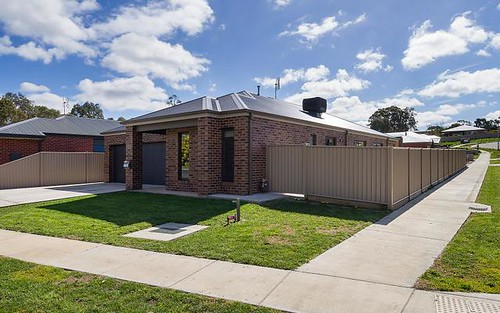 50 Ray Street, Castlemaine VIC