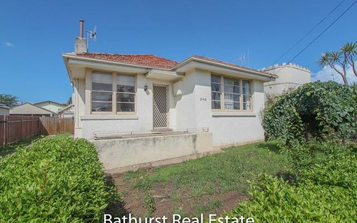 248 Rocket Street, Bathurst NSW