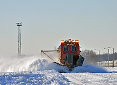 Throwing Snow (Missabe Road) Tags: bnsf snowdozer 28thstreet