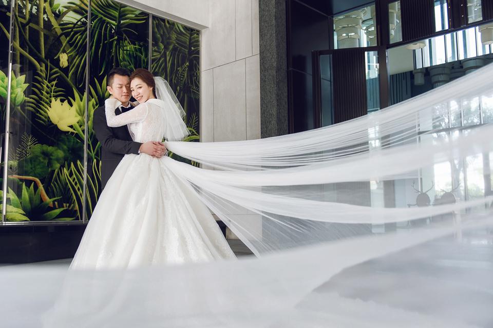 婚攝 高雄林皇宮 婚宴 時尚氣質新娘現身 S & R 094