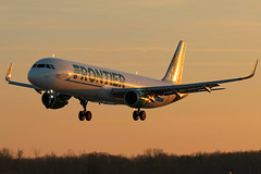 N712FR FRONTIER A321-211SL at sunset in KCLE (GeorgeM757) Tags: n712fr frontier a321211sl 6l canon70d sunset landing kcle clevelandhopkins georgem757 aircraft alltypesoftransport aviation airport airbus