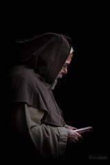 Requiem (kinojam) Tags: monje fraile rezo teruel oracion pride pray monk dark kino kinojam canon canon6d