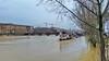 266 Paris Janvier 2018 - la Seine en crue en aval du Pont des Arts (paspog) Tags: paris france janvier january januar 2018 seine crue inondation pontdesarts