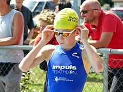 Ready to go (Cavabienmerci) Tags: triathlon 2017 neunkirch switzerland suisse schweiz kid child children boy boys run race runner runners lauf laufen läufer course à pied sport sports running triathlete earring earrings