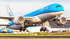 KLM Boeing 787-9 Dreamliner PH-BHA (Ewout Pahud de Mortanges) Tags: klm boeing schiphol kaagbaan runway aviation dutch plane planepics jet jetliner aircraft airport luchthaven air airplane airliner airliners grass sky cockpit pilotlife