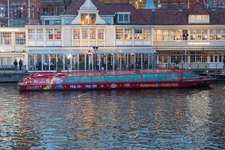 Hop on Hop off boat Amsterdam