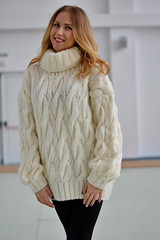 Sexy blonde girl in cabled knitwear outfit (Mytwist) Tags: knitwear outfit style fashion dukyana hand knitted lightweight wool sweater mohair tneck cabled pullover mylovelyknittings4u tn dare design retro knit jumper yarn euc handknit sexy sweatersexual