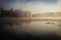 Beautiful afternoon in Stockholm. (Christopher Anderzon) Tags: capitalofscandinavia sweden midday afternoon sun mist fog mood dramatic norrmalm södermalm water winter riddarholmen stockholm