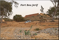 the narrow path (mhobl) Tags: fortboujerif road offroad car cadillac furt oued maroc morocco