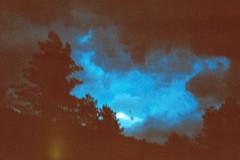 Nuit trouble, 2017 (@jeanne_lula_chauveau) Tags: lanscape paysage sky blue bleu argentique analog film night