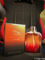 JAGUAR - Classic Red (Laterna Magica Bavariae) Tags: jaguar classic red eau de toilette fragrance duft parfum parfüm produktfotografie product photograph edt edp