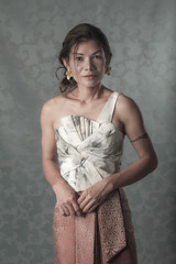 Tae Thai dress shoot - Floral top (d@mienR) Tags: yongnuo strobist smugmug westcott 5dmarkii yn560 canon thai flickr studio ef85mmf18usm