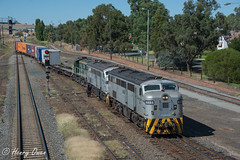 3314 at Junee (Henry's Railway Gallery) Tags: 4488 4497 872 44class 830class alco diesel qubelogistics freighttrain containertrain 3314 harefield junee