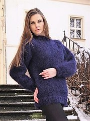 Casual mohairstyle knitwear (Mytwist) Tags: cork style knit knitwear outfit fashion sweater jumper wool sexy girlfriend sweatersexual chunky love sweatersex sweatergirl navy