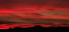 Greece-Sunrise (maria xenou) Tags: mediterranean mittelmeer greece griechenland sonnenaufgang sunrise red rot sky himmel clouds sonne sonnenlicht sunlight berg mountain morgens morning canoneos1100d calmness peaceful moments momente αυγη χαραυγη φωσηλιου ουρανοσ ελλαδα ελλασ χρωματα στιγμεσ μεσογειοσ ηλιοσ morgenrot dawn redsky ανατολη