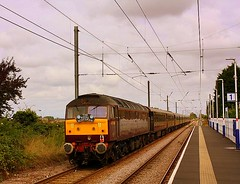 The Royal Scotsman at Watlington (Chris Baines) Tags: wcr 47804 watlington royal scotsman kings lynn staggered platforms