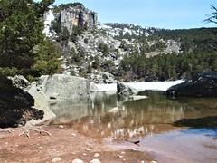 Vinuesa-Laguna Negra-(Soria) (Eduardo OrtÍn) Tags: lagunanegra agua lago pinos rocas montaña soria vinuesa castillaleón