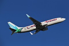 Here is Caribbean AIrlines (shumi2008) Tags: caribbeanairlines caribbeanairlines737 boeing738 b737800 toronto torontopearson pearsonairport yyz cyyz