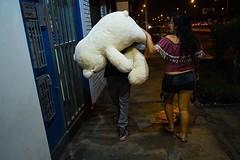 Previas. San Calentin ♥️  #FelizSanValentin #SanValentin #SanValentin2018 #DiaDelAmorYlaAmistad #Amor #SoldadoCaido  #fotografiacallejera  #streetphotography #Lima #peru #charliejara (Charlie.Jara) Tags: felizsanvalentin sanvalentin sanvalentin2018 diadelamorylaamistad amor soldadocaido fotografiacallejera streetphotography lima peru charliejara