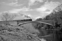 34053 Sir Keith Park (andrewfarmer1) Tags: railway train trains steam steamengine steamrailway severnvalleyrailway riversevern victoriabridge santaspecial blackandwhite winter