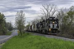 GS-2 outside Cayuga (Thomas Coulombe) Tags: fingerlakesrailway fingerlakes fglk gs2 geb237 b237 freighttrain train cayuga newyork