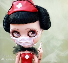 Vapour (pure_embers) Tags: pure embers blythe doll dolls laura england uk custom cocomicchi nurse betty embersnursebetty takara neo latex red syringe girl photography pinup goth fetish character vapour surgical mask