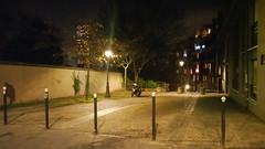 122-Paris décembre 2017 - le mur du cimetière de Charonne rue Stendhal (paspog) Tags: paris france décembre 2017 nuit night nacht ruestendhal