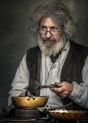 Alter Handwerksmeister (ellen-ow) Tags: mann man handwerker bart person mensch ritterspektakel mittelaltermarkt mps oldman altermann porträt ellenow nikond4 dortmund verkleidet