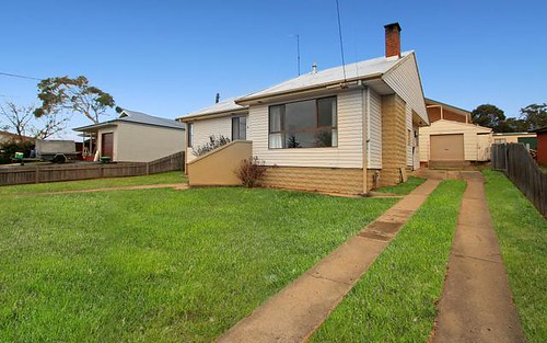 37 Culey Avenue, Cooma NSW
